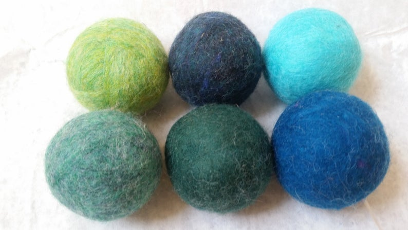 Earthy Non-Toxic Wool Dryer Balls for Ecological Laundry